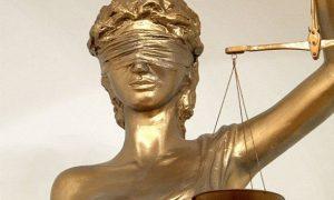 Смоленский хирург ответит в суде за гибель 11-летней девочки