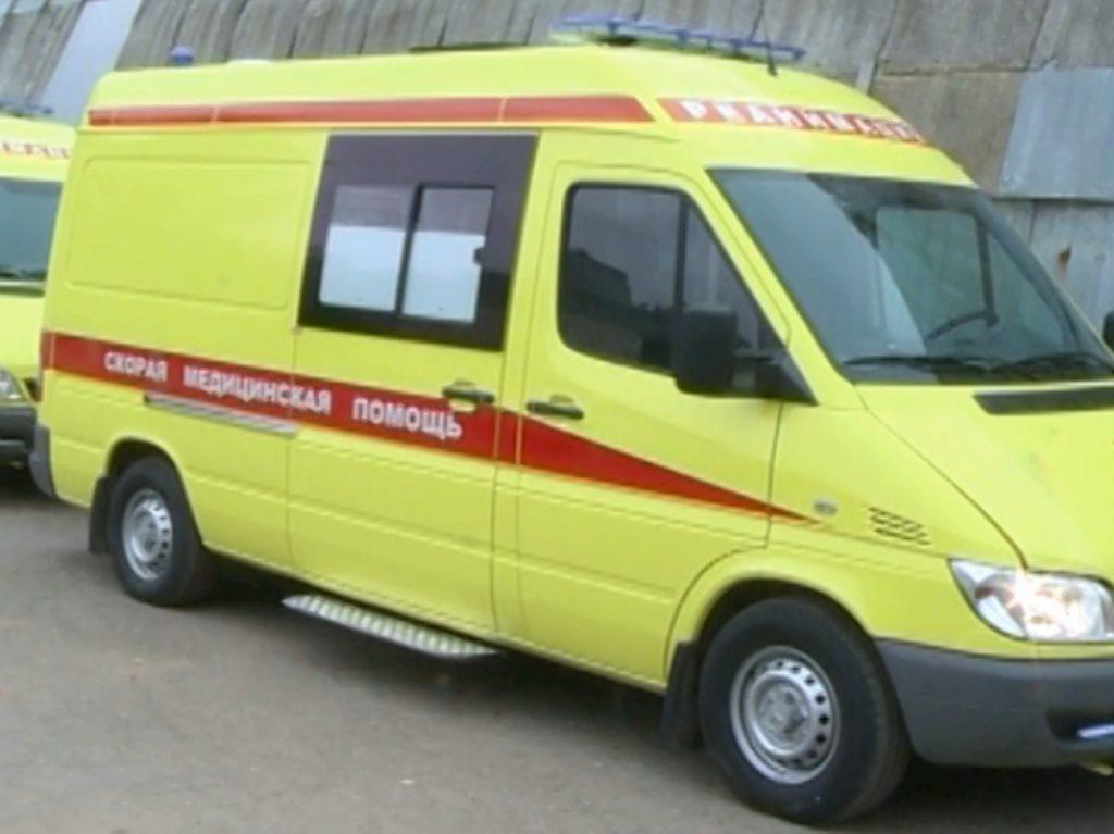 Автопарк детских больниц Смоленска пополнился тремя реанимобилями