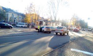 В Смоленской области велосипедист угодил под грузовик