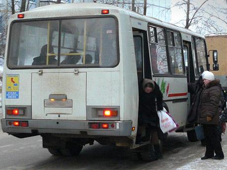 Смолянка сломала позвоночник в рейсовом автобусе