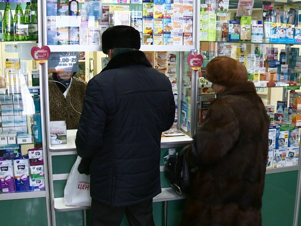 Смоленские депутаты обсудили изменения в закон о лекарственном обеспечении глубинки