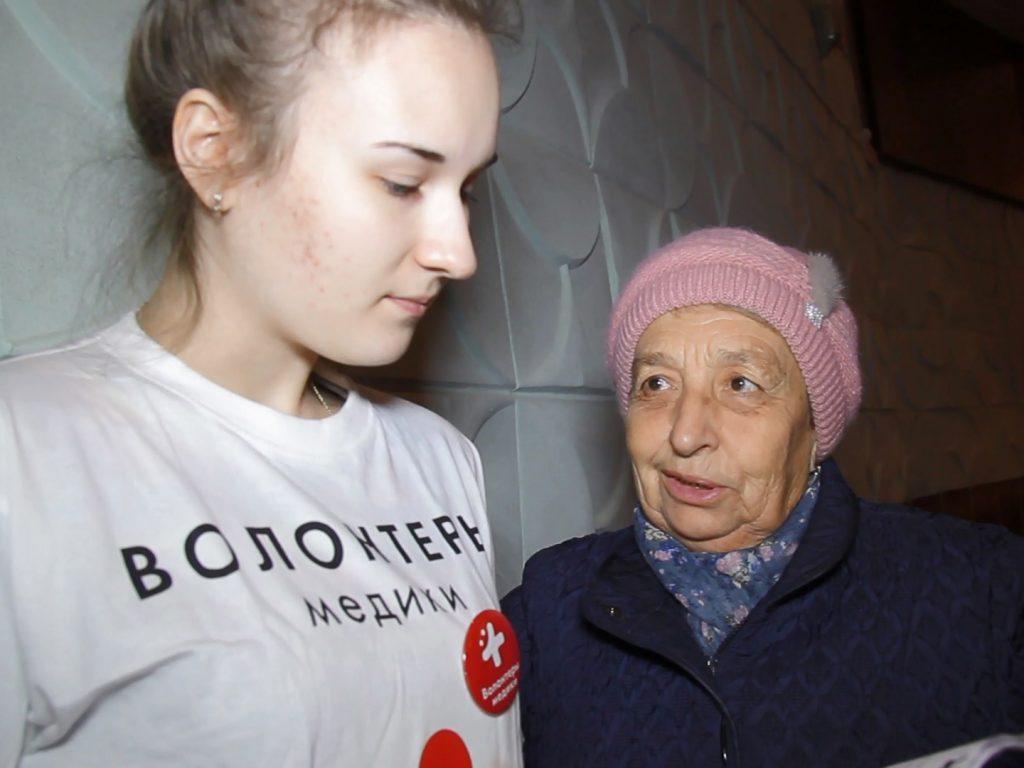 В смоленский райцентр высадился «десант» медиков-волонтеров