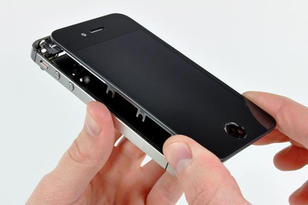 Особенности качественного ремонта iPhone в Pedant Псков