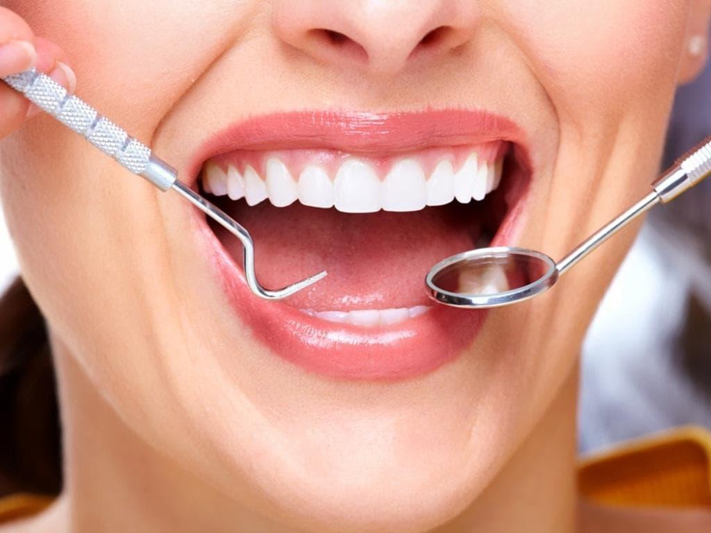 Как лечить десна стоматолог