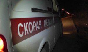 В Смоленске скорая помощь увезла с улицы голого окровавленного парня