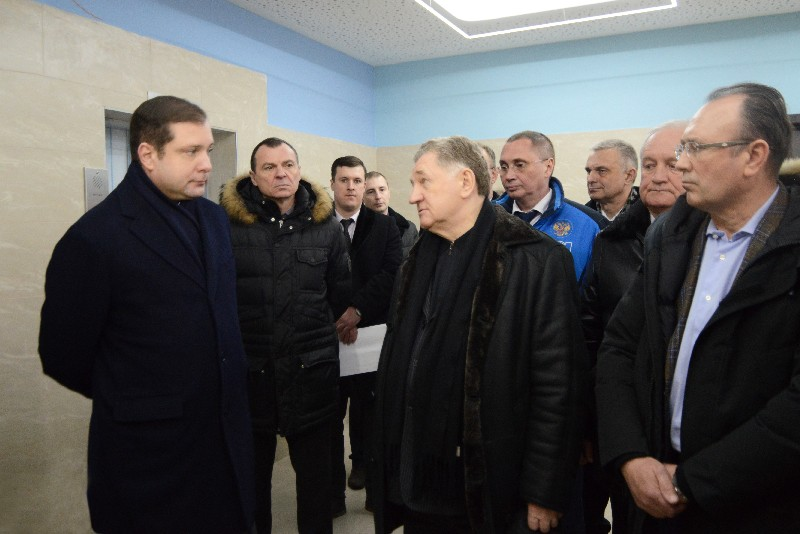 Когда в Смоленске завершится строительство перинатального центра