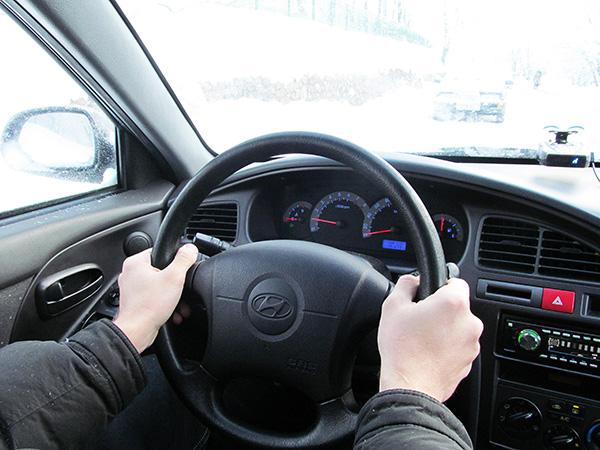 Под Смоленском в серьезном ДТП пострадала женщина-водитель
