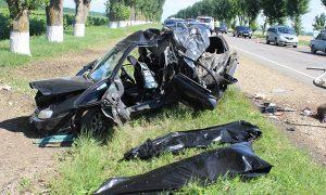 В Смоленской области в ДТП погибли 14-летняя девочка и ее отец. Виновника аварии ждет суд