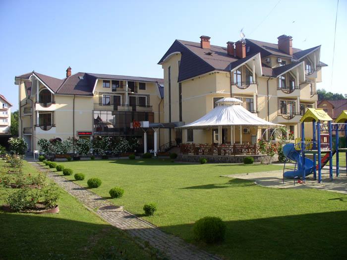 Отдых в Закарпатье: современный отель, шикарные виды, интересный отдых