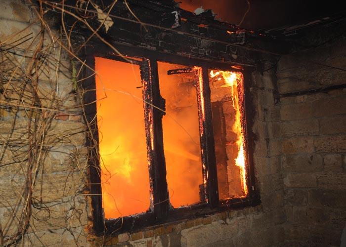В Смоленске заживо сгорел мужчина