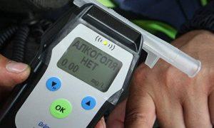 Президент подписал закон о новых нормах содержания алкоголя в крови у водителей