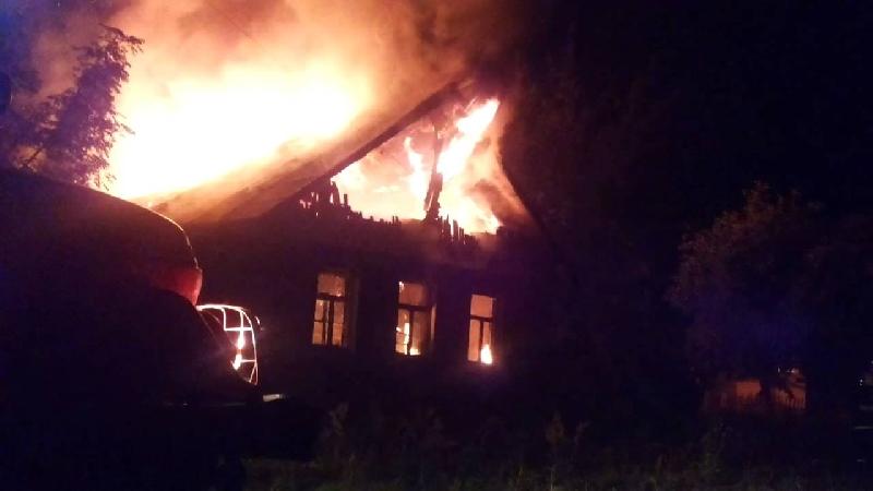 Смолянин пострадал в крупном пожаре