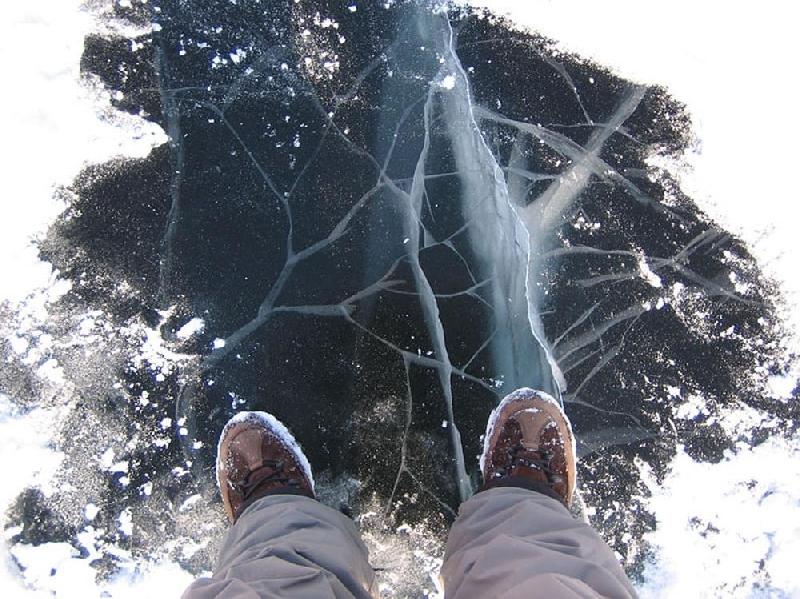 Семилетняя смолянка погибла, провалившись под лед