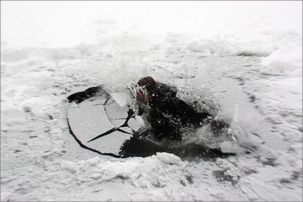 В Смоленской области мужчина погиб, провалившись под лед