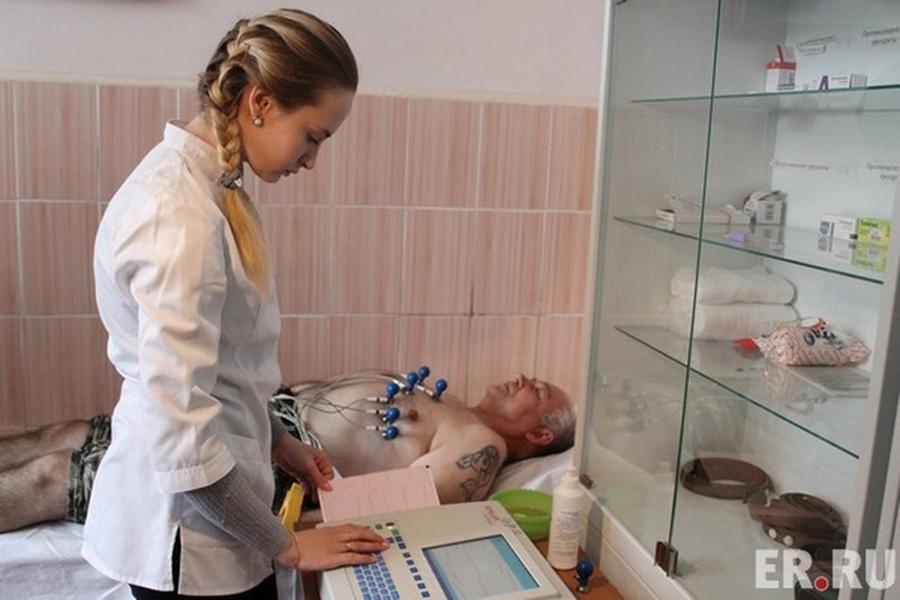 Алексей Островский: «Смертность в Смоленской области за год снизилась на 4%»