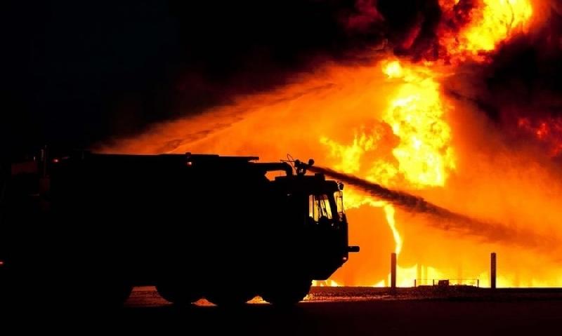 В Смоленске при пожаре заживо сгорел мужчина
