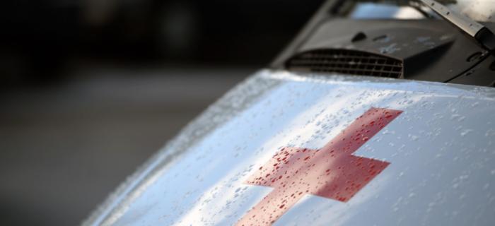 «Ударился о проезжавшую машину». В Смоленской области в ДТП пострадал ребенок