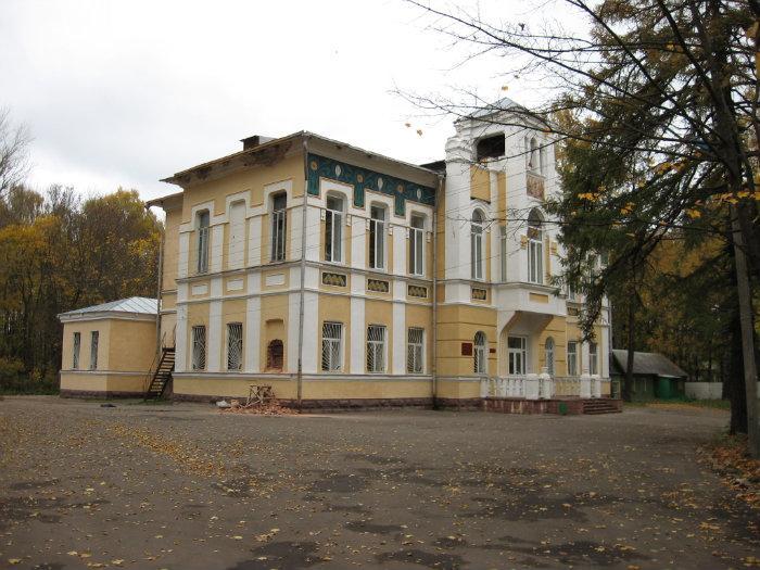 Почти миллион рублей выделят на ремонт корпуса Смоленской психиатрической больницы