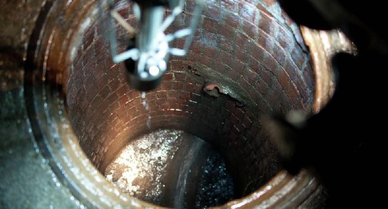 Во время ремонта водопровода в райцентре Смоленской области погибли двое рабочих