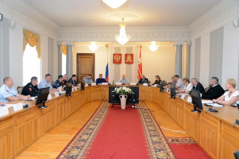 В администрации Смоленской области прошло заседание антинаркотической комиссии