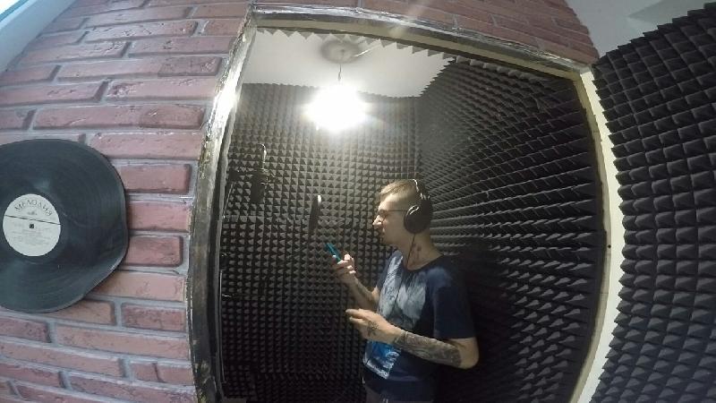 Парень, погибший в Смоленске, был известным рэпером