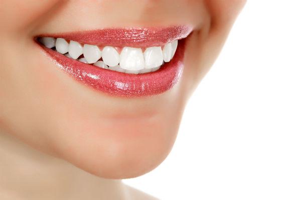 Качественное протезирование и имплантация зубов от Имплант Лаб в Москве