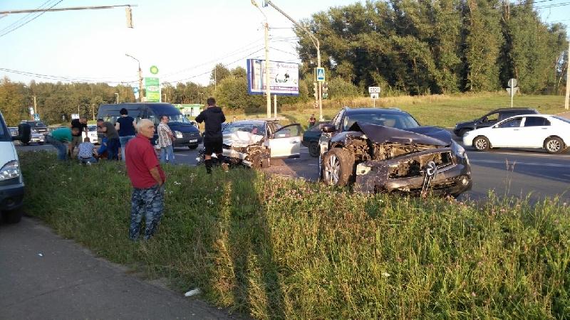 «Приехали три скорые…» В Смоленске произошло ужасное ДТП