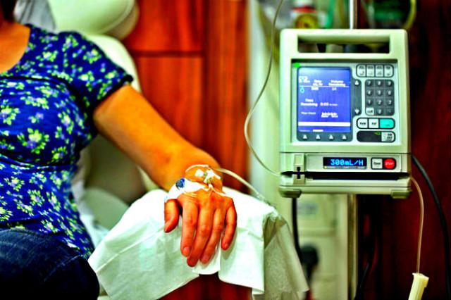 Вопрос жизни и смерти: смоленские чиновники отказывают в помощи онкобольным