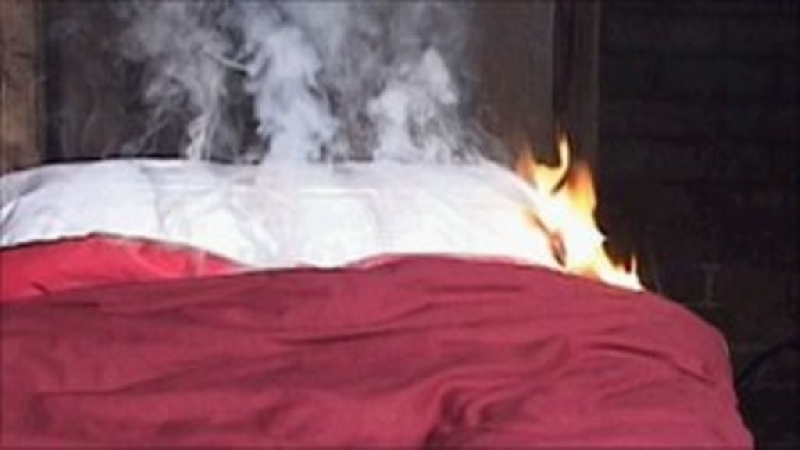 В Смоленске в девятиэтажке на Октябрьской революции сгорел мужчина