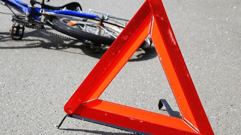 В Смоленской области водитель сбил юную велосипедистку и скрылся