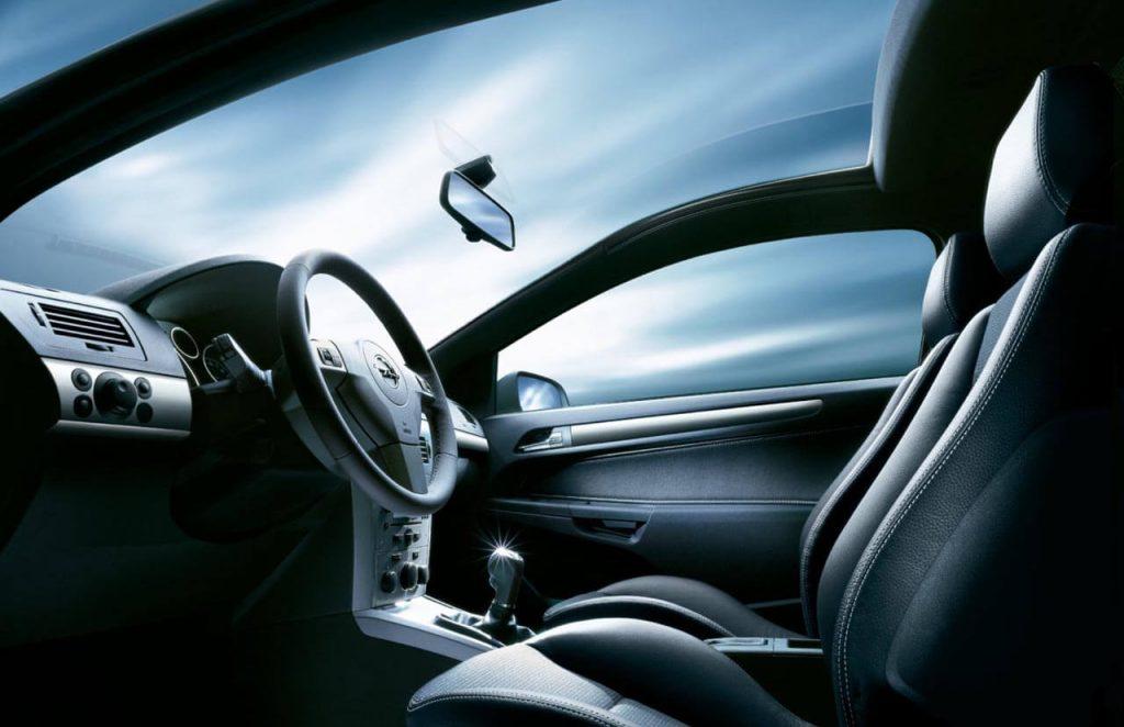 Как правильно выбрать лобовое стекло для авто?