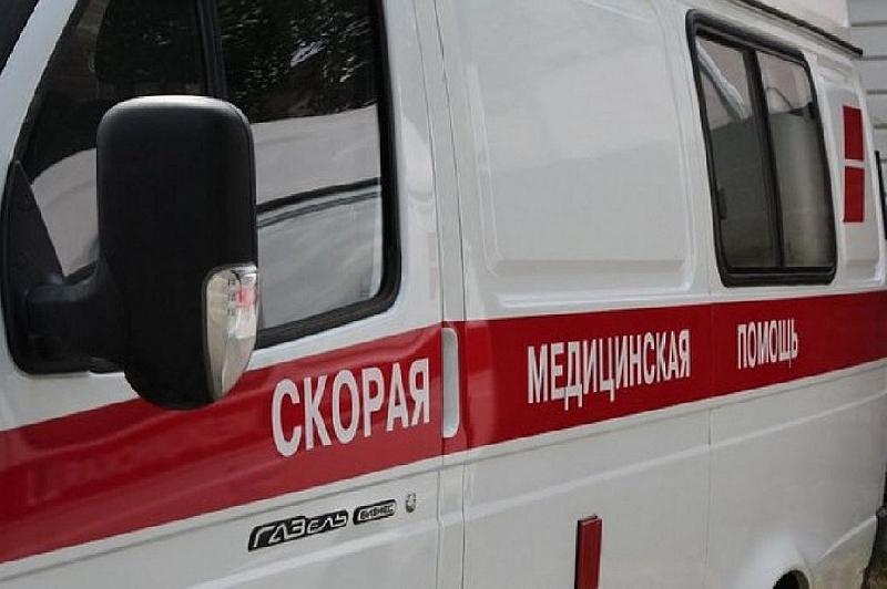 В райцентре Смоленской области произошло ДТП «на троих»… с деревом