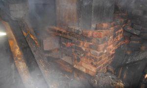 В Смоленской области из горящей бани эвакуировали людей