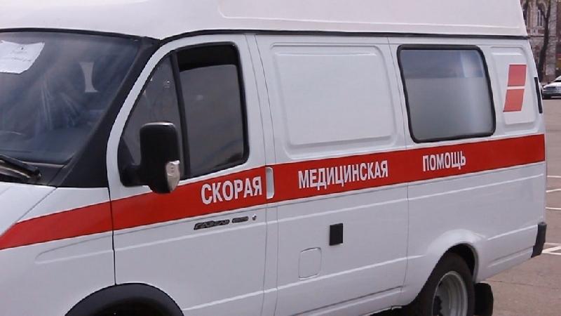 В Смоленске под колеса иномарки попала женщина