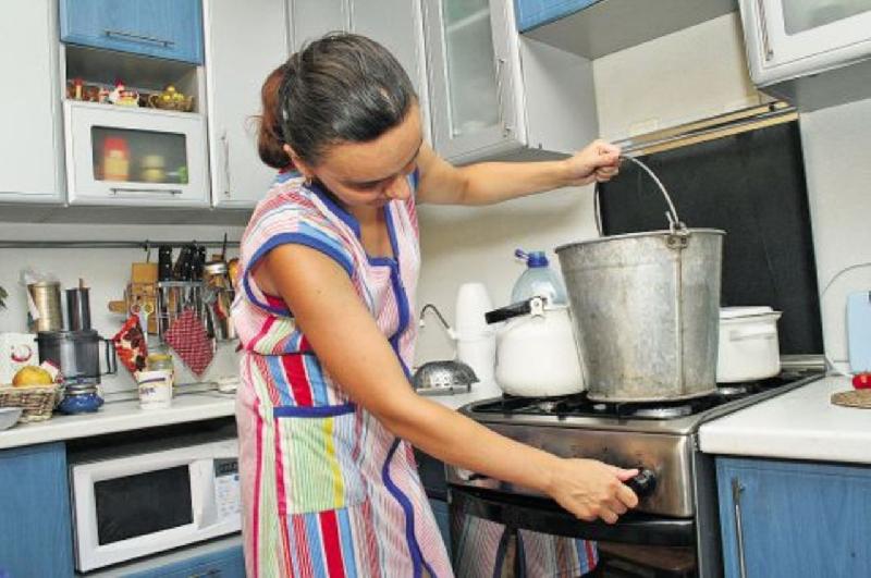 56 домов в Смоленске остались без горячей воды из-за аварии