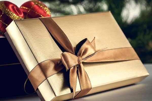 Найдите оригинальный подарок