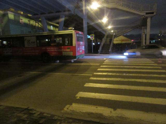 В Смоленске подросток попал под колеса автобуса