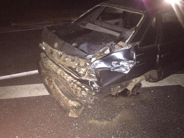 На трассе М1 в Смоленской области иномарка врезалась в «отбойник»: пострадал человек
