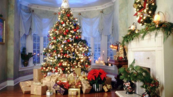 Как правильно украшать елку?