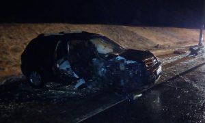 «Два человека пострадали». В Смоленской области иномарка врезалась в опору ЛЭП