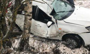 «Ладу» смяло». В Смоленском районе в ДТП пострадал водитель