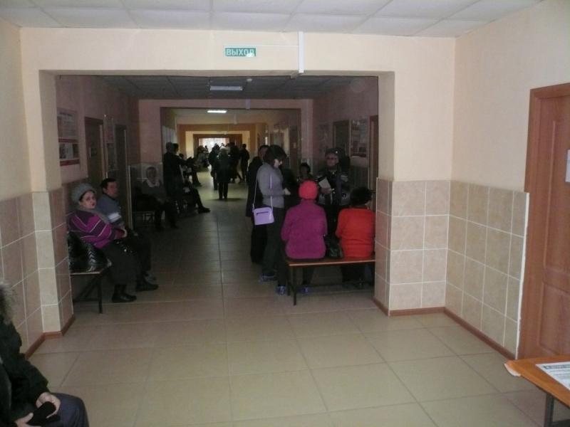«Огромные очереди и лифт, не работающий больше 10 лет». Активисты ОНФ проверили поликлиники в Смоленской области