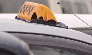 В соцсетях сообщили о нападении таксиста на пассажирку в Смоленске