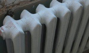 В центре Смоленска до сих пор не дали отопление