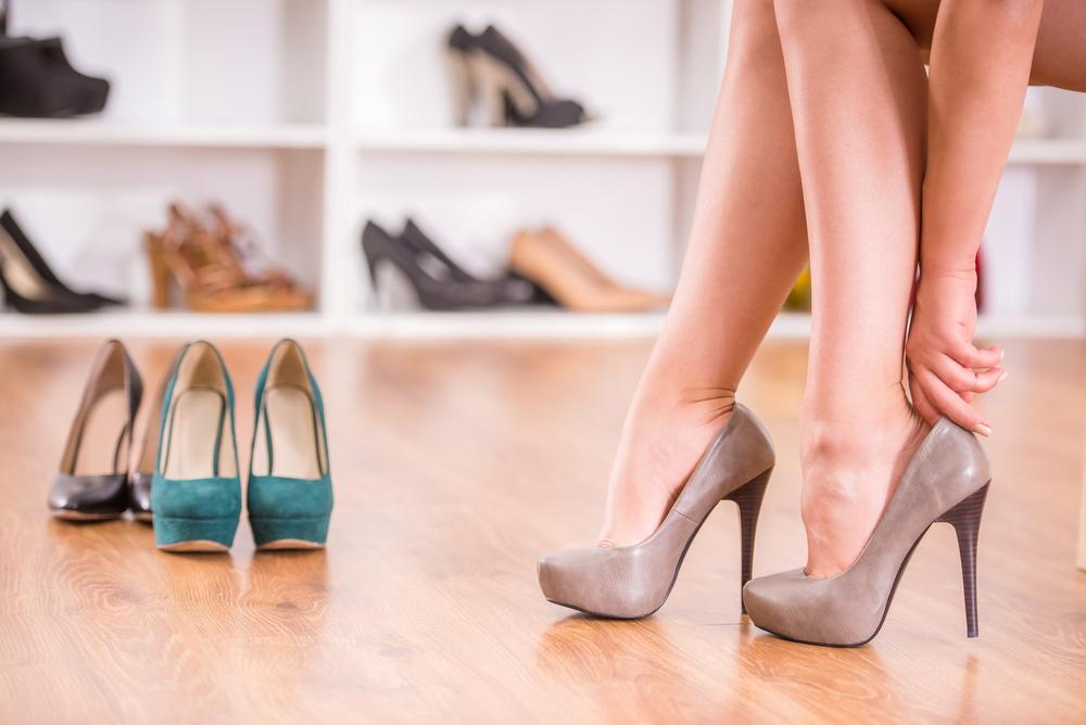 Можно ли носить каблуки при варикозе?
