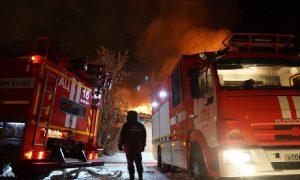 Ночью в Смоленске произошел пожар: есть пострадавший