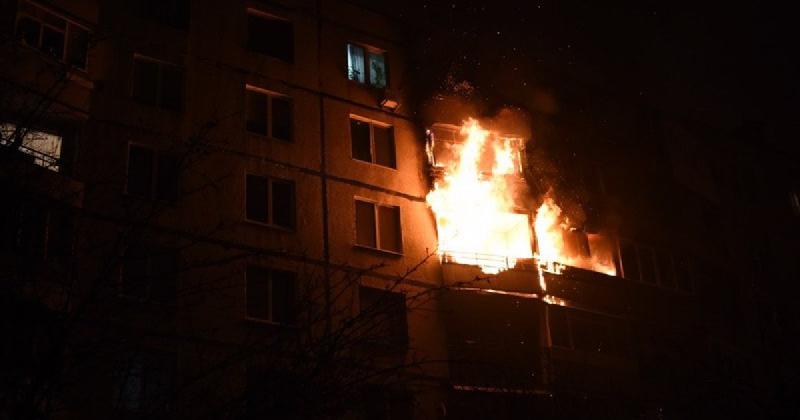 «Личность устанавливается». Мужчина погиб при пожаре в Смоленской области