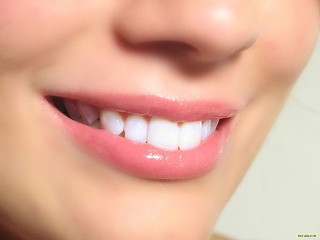 Как сохранить красоту зубов на долгое время