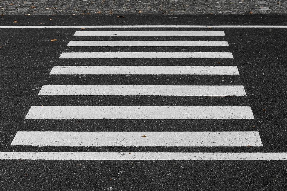 Под Смоленском водитель «семерки» сбил женщину на переходе
