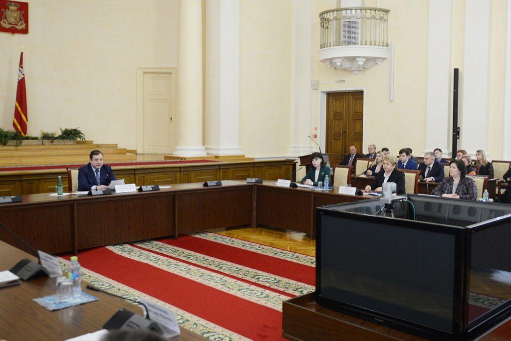 Алексей Островский: «Вопросы здоровья смолян являются абсолютным приоритетом в работе администрации области»